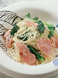 季節の青菜とハムのスパゲッティーニ